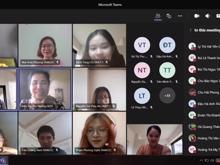 """DAV English Faculty Organizes Virtual Talk on """"Bilingual MC"""""""