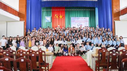 K44CLC tham quan thực tế tại Đà Nẵng