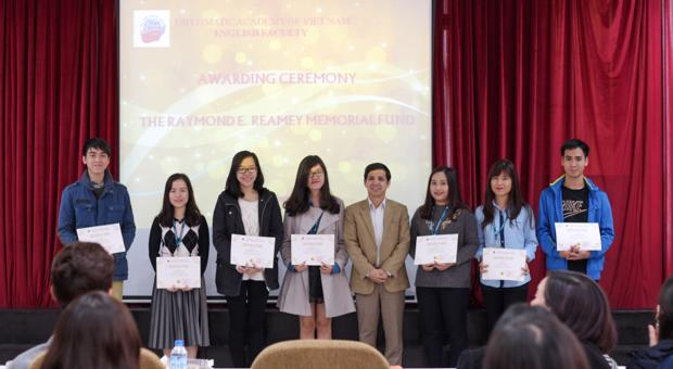Lễ trao Học bổng Reamey 2016
