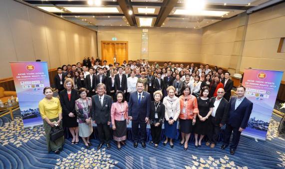 Sinh Viên Học Viện Ngoại Giao Tham Dự Cuộc Thi Tranh Biện Thanh Niên Asean Về Nhân Quyền Năm 2019