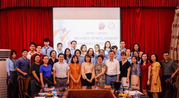 Lễ trao Học bổng Reamey năm học 2019 - 2020