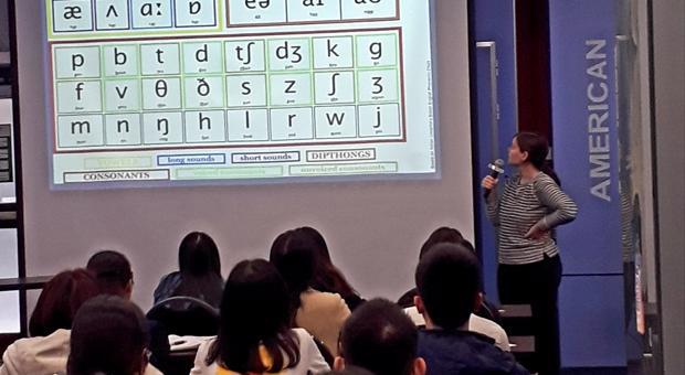 Khai giảng khóa học phát âm tại Trung tâm Hoa Kỳ