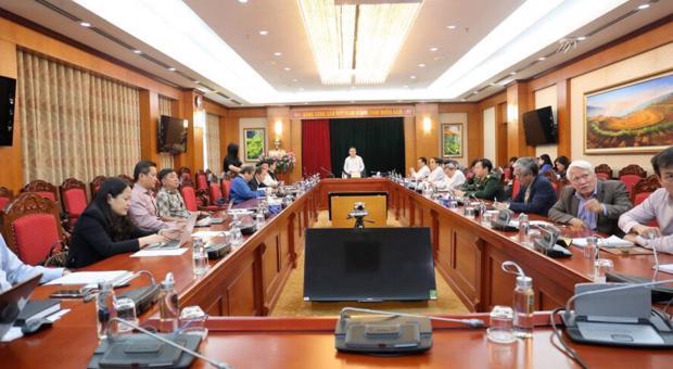 """Tọa đàm: """"Những thách thức về an ninh và chính trị ở Biển Đông đối với phát triển kinh tế và bảo đảm quốc phòng, an ninh của Việt Nam""""."""