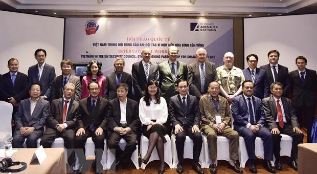 """Hội thảo quốc tế: """"Việt Nam tham gia Hội đồng Bảo an: Đối tác vì một nền hoà bình bền vững"""""""