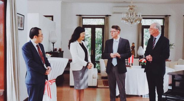 Lễ ký kết Văn kiện ghi nhớ về hợp tác giữa Học viện Ngoại giao và Viện nghiên cứu Chính sách châu Âu và An ninh Áo